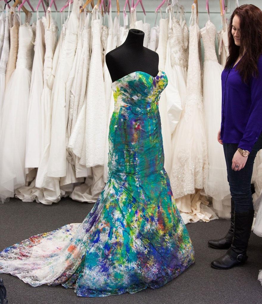 bride-left-at-altar-trash-dress-photoshoot-14