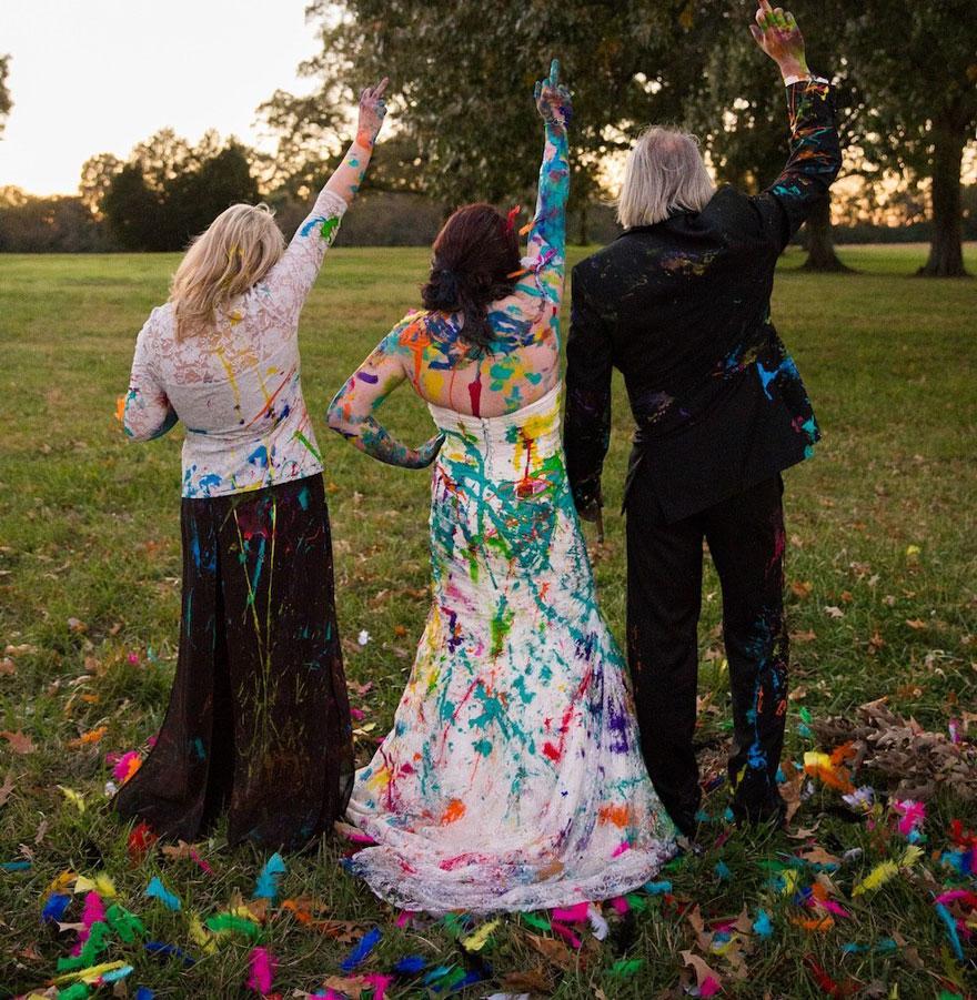 bride-left-at-altar-trash-dress-photoshoot-19